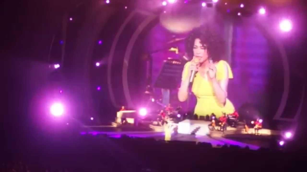 蔡琴2014高雄巨蛋《好預兆》演唱會尾聲-上