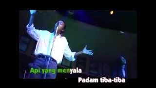 Hattan - Sekuntum Mawar Merah Sebuah Puisi(karaoke version)