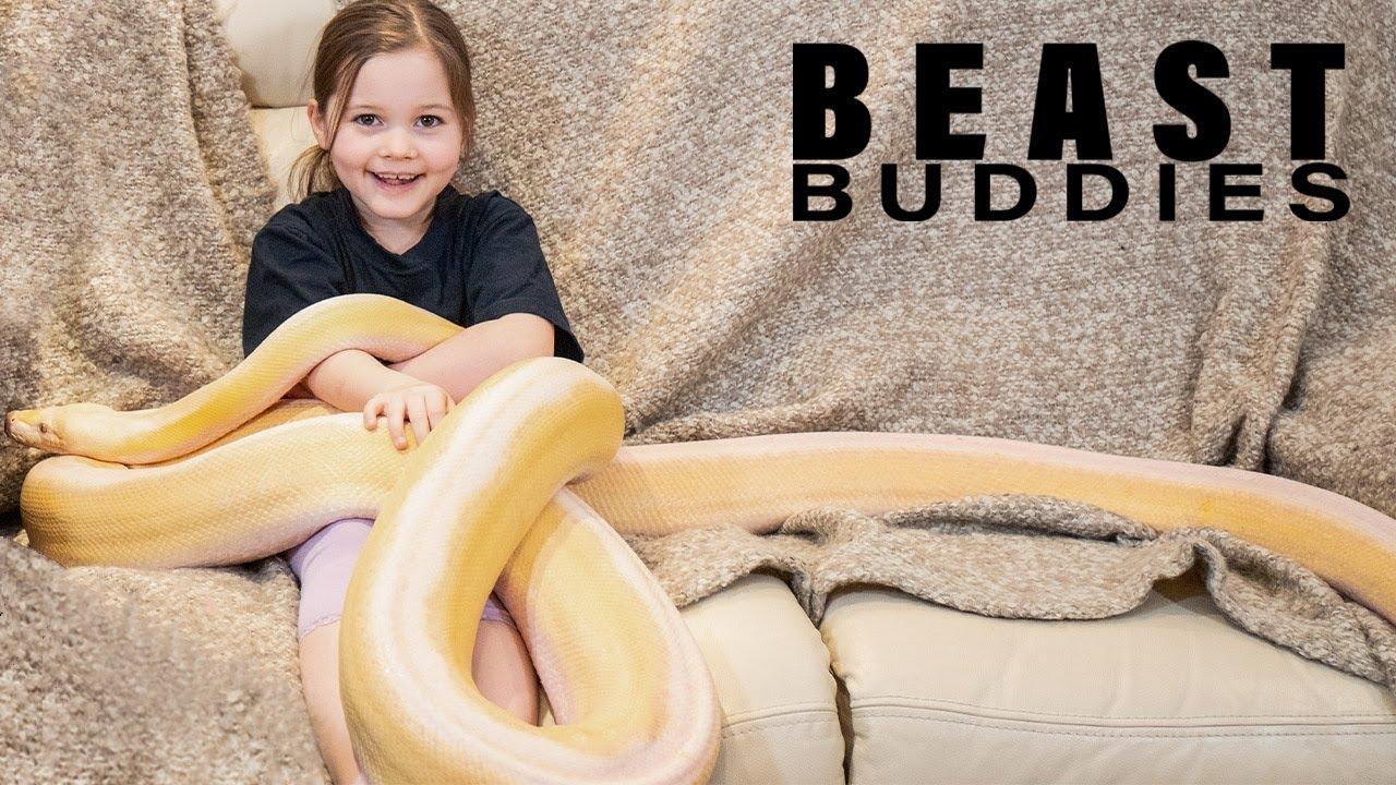 Download 7-Year-Old's Bestie Is A 15ft Python   BEAST BUDDIES