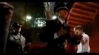 """Фильм «Гитлер капут!» . Эпизод """"В клубе""""."""