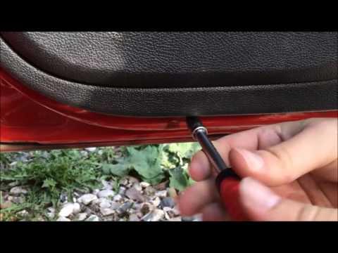 Снимаем обшивку задней двери skoda fabia Auto.Seredov.ru