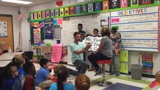 See Man Propose In His Girlfriend's Classroom With Help From Her Students