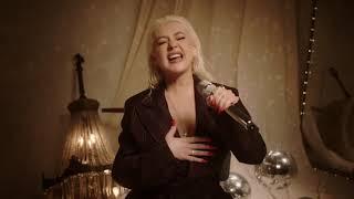 Christina Aguilera - The Voice Within (W.R. Berkley 2020)