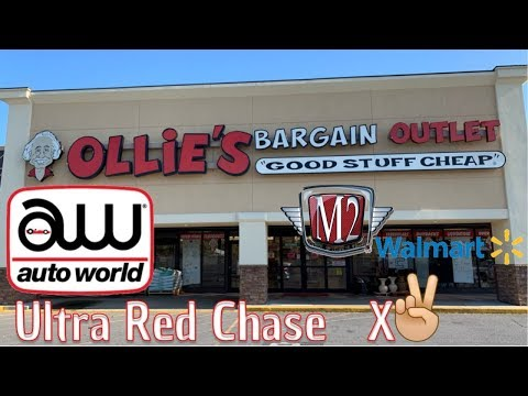 M2 Machines Chase And Auto World Ultra Red Chase X2