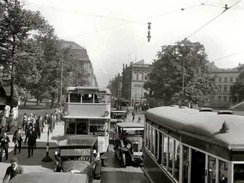 Berlin in 1920s: Paul Godwin's Jazz & Leo Monosson - Wenn der weisse Flieder wieder blüht, 1928