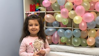 Popping balloons challenge - sparge baloanele si gaseste jucaria.