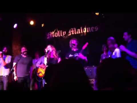 True Blood's Todd Lowe Sings Pixies WIN!