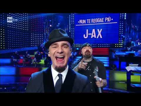 J-Ax canta Nun te reggae più - Celebration 04/11/2017