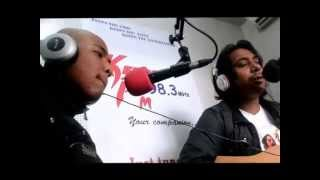 Facemeu.com Nepali unplugged song mayalu meri mayalu by The Lakhey Navras at keeps fm