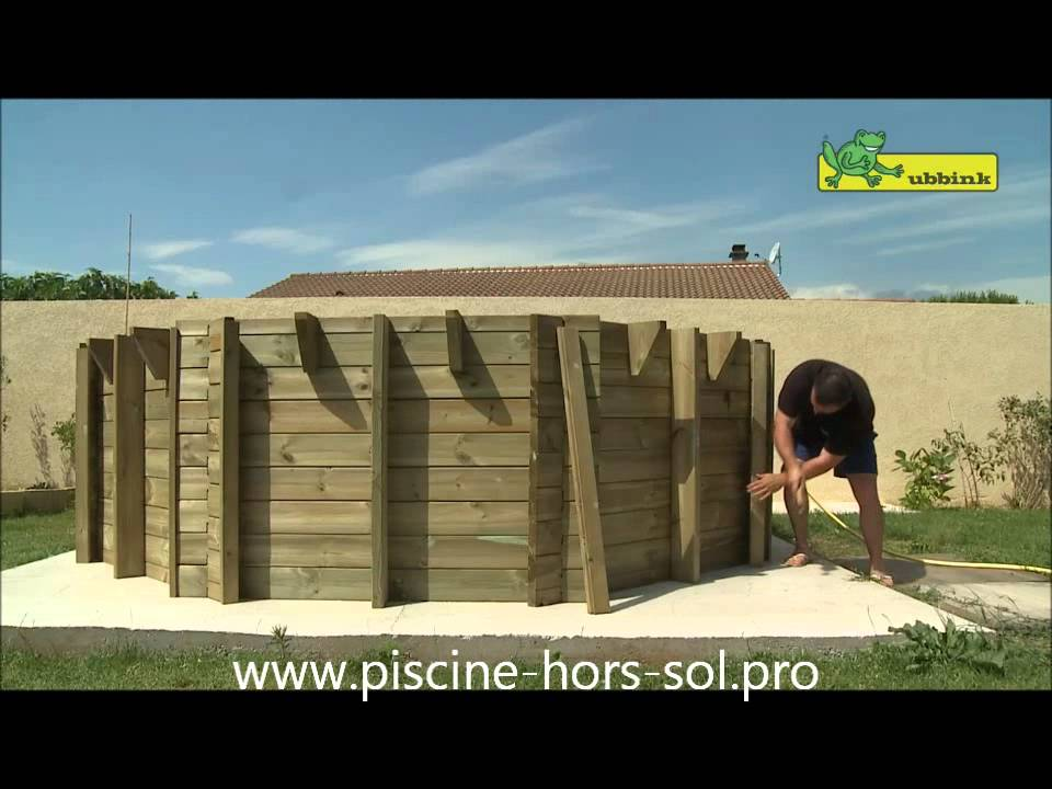 Piscine bois ubbink octogonale youtube for Ubbink piscine bois
