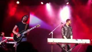 Brian Junior & Niko McKnight (LIVE)