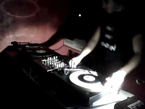 Guy from 1990 :: old school hip hop, breaks, big beat 1h vinyl dj set