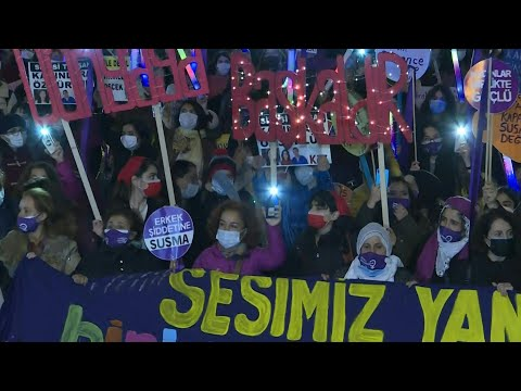 Turkish women rally in Istanbul to denounce violence against women | AFP
