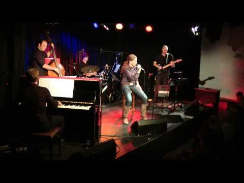 Julia Schilinski und Band Live - DVD Trailer