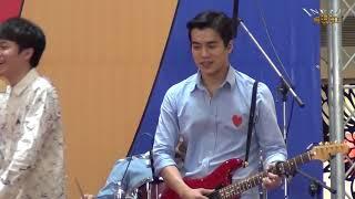 蘇打綠 15 你被寫在我的歌裡 家凱花招多(1080p)@當我們一起走過演唱會 夢時代簽唱會[無限HD] 🏆