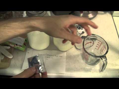 How To Make Delicious, Raw, Homemade Yogurt