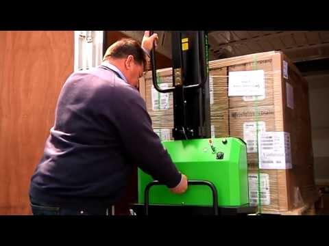 Bluebox Sameday Couriers pallet loader