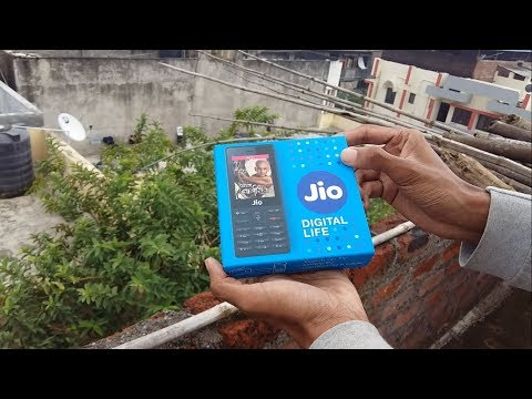 JIO PHONE FOR FREE!!!😱 Made in INDIA? or CHINA? UNBOXING SETUP features apps Media Cable TV Demo