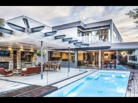 Hampton Residence - Unique House Design Concept With Entertaining ...