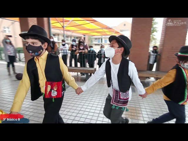 3°A de Pumahue Chicauma realiza su baile en el mes de la patria, representando el Norte con el Trote
