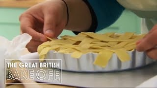 How to make a pastry lattice / The Great British Bake Off