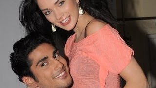 Prateik babbar married to amy jackson