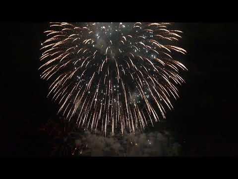4k Lakemoor Fireworks 2017
