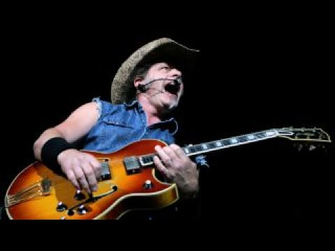 Ted Nugent fights for freedom: Mike Huckabee