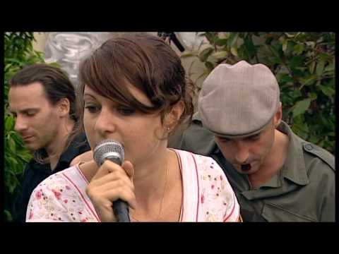 NOUVELLE VAGUE - love will tear us apart (2005)