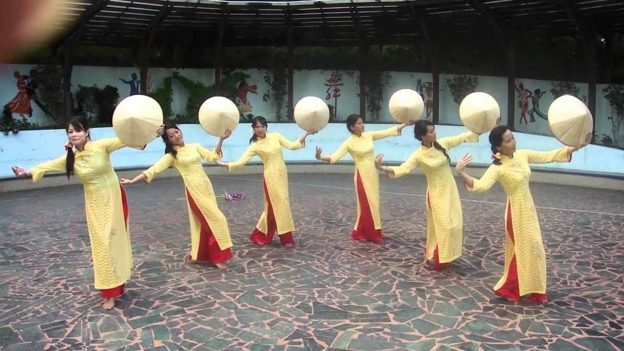 越南風情舞 - YouTube