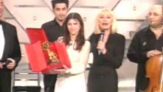 Cover images Elisa Toffoli vince Sanremo 2001