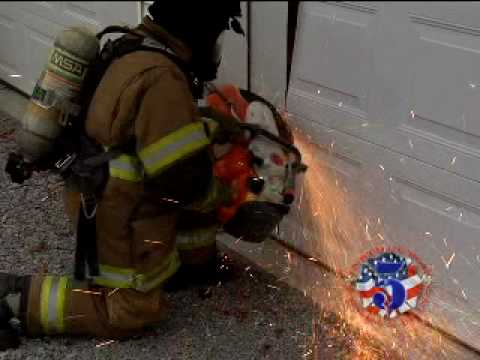 Forcible Entry For Garage Amp Roll Up Doors Youtube