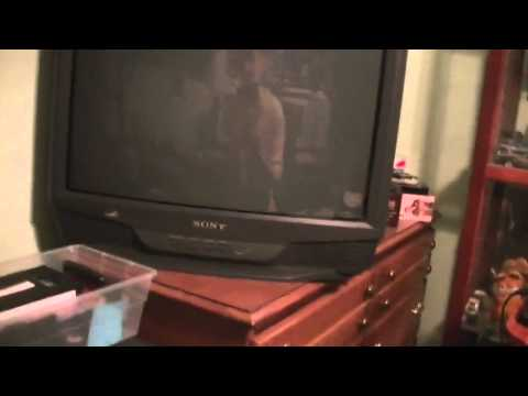 Sony Trinitron KV-S2742 Overview