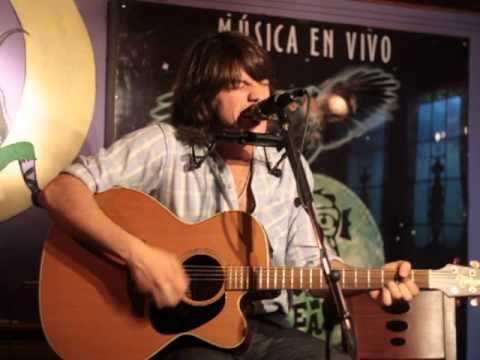 Sergio J.Rojas - Ahora Vuelvo. Búho Real.
