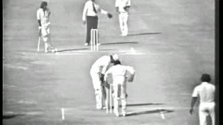 Rare, classic - India vs Pakistan 1st Cricket Test Match 1978-79. Pak 1st innings part 2.