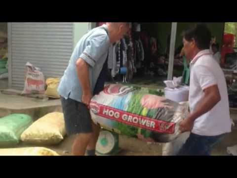 f76a66ebcb FOREIGNER IN THE PHILIPPINES SELLING COPRA DRIED COCONUT A BRITISH EXPAT  PHILIPPINES