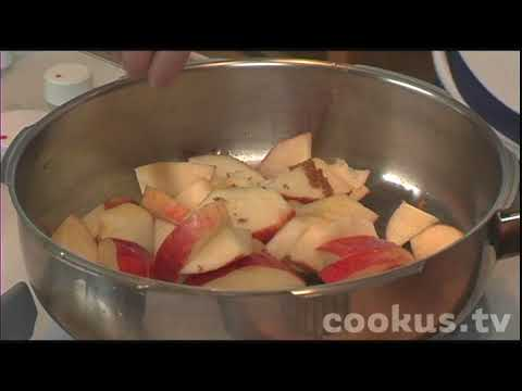 How to make Homemade Cinnamon Applesauce
