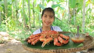 Cooking 500$ GIANT King Crab Recipe Yummy - Village Food TV