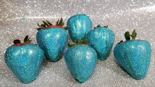 Hologram Chocolate Covered Strawberries / Blue Topaz