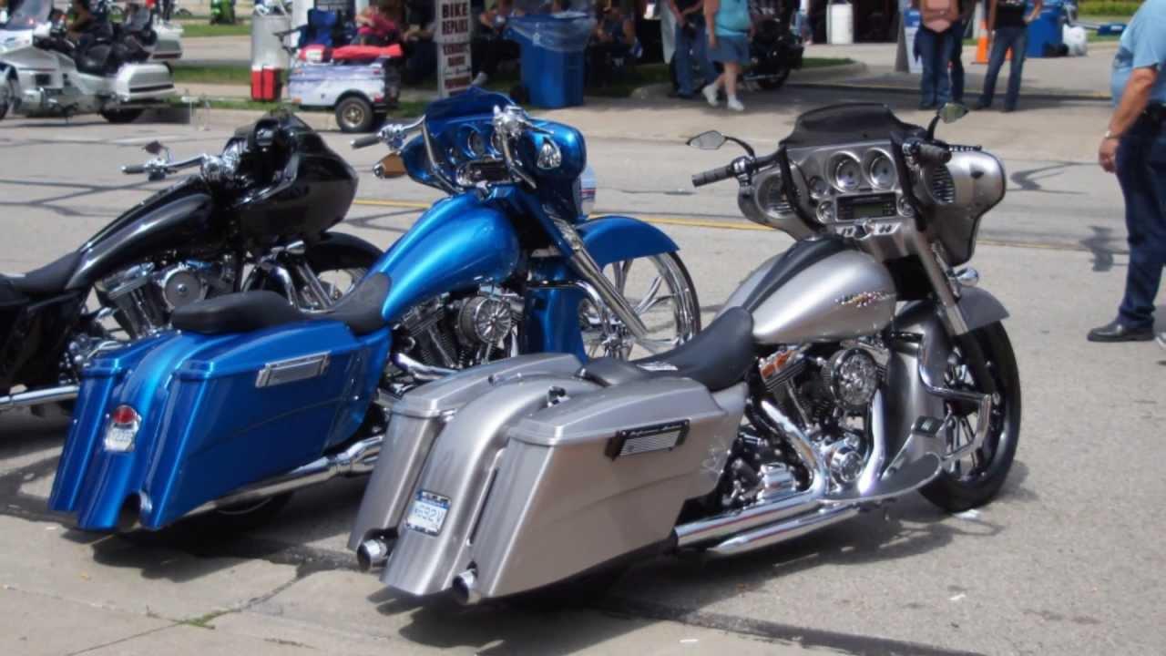 baggers motorcycles