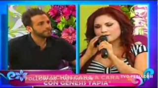 Repeat youtube video Génesis Tapia ridiculizó a Peluchín en televisión nacional