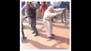 dancing on the top with granny - Khi cụ già nhảy nhạc dance