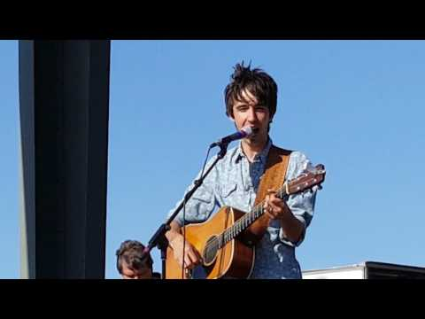 New song from Mo Pitney from Kickin Up Kountry music festival in Karlstad Mn June 10 2017