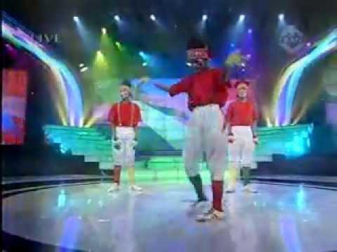 YouTube   Funky Papua Indonesia Mencari Bakat Group2 live on TransTv 8 May 2010