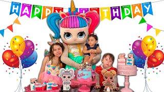 SARAH vai a FESTA DE ANIVERSÁRIO DA LOL junto com AMIGAS | Sarah Preparing Birthday Surprise Lol