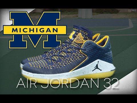 Air Jordan 32 Low 'Michigan' - YouTube