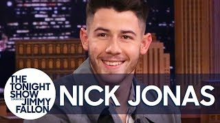 Nick Jonas Reacts to That Spinach in His Teeth During the Grammys