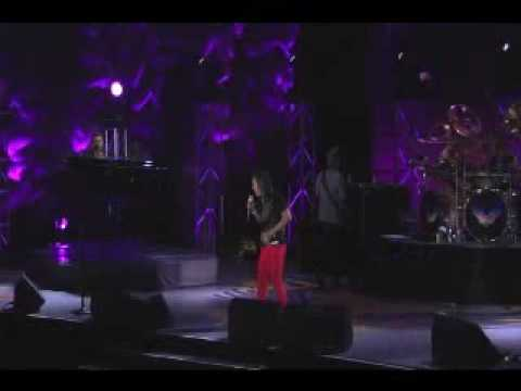 Arnel Pineda - When You Love A Woman (JOURNEY LIVE IN MANILA  03/14/2009)