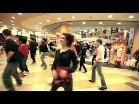 Видео, Флешмоб в память о Майкле Джексоне в ТРЦ Филион