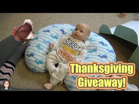 Paradise Galleries Thanksgiving Giveaway! | Kelli Maple